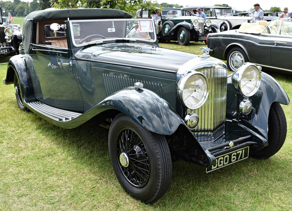 1934 Bentley 3 1/2 DHC with coachwork by Gurney Nutting - Masters Class (photo: Richard Fenner)