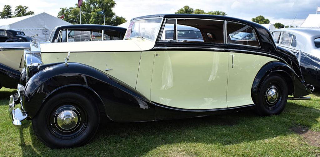 1947 Silver Wraith coupe lent a certain elan by Freestone & Webb (photo: Richard Fenner)