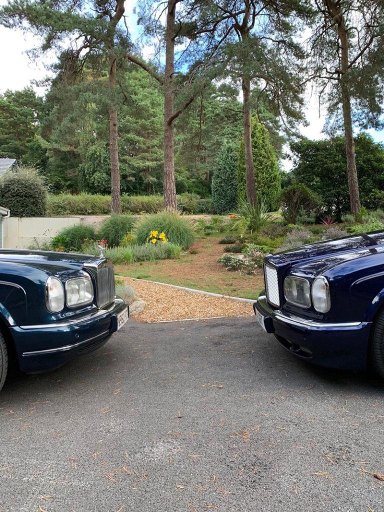 Brian Palmer's Silver Seraph and Gary Trinder's Bentley Arnage make friends