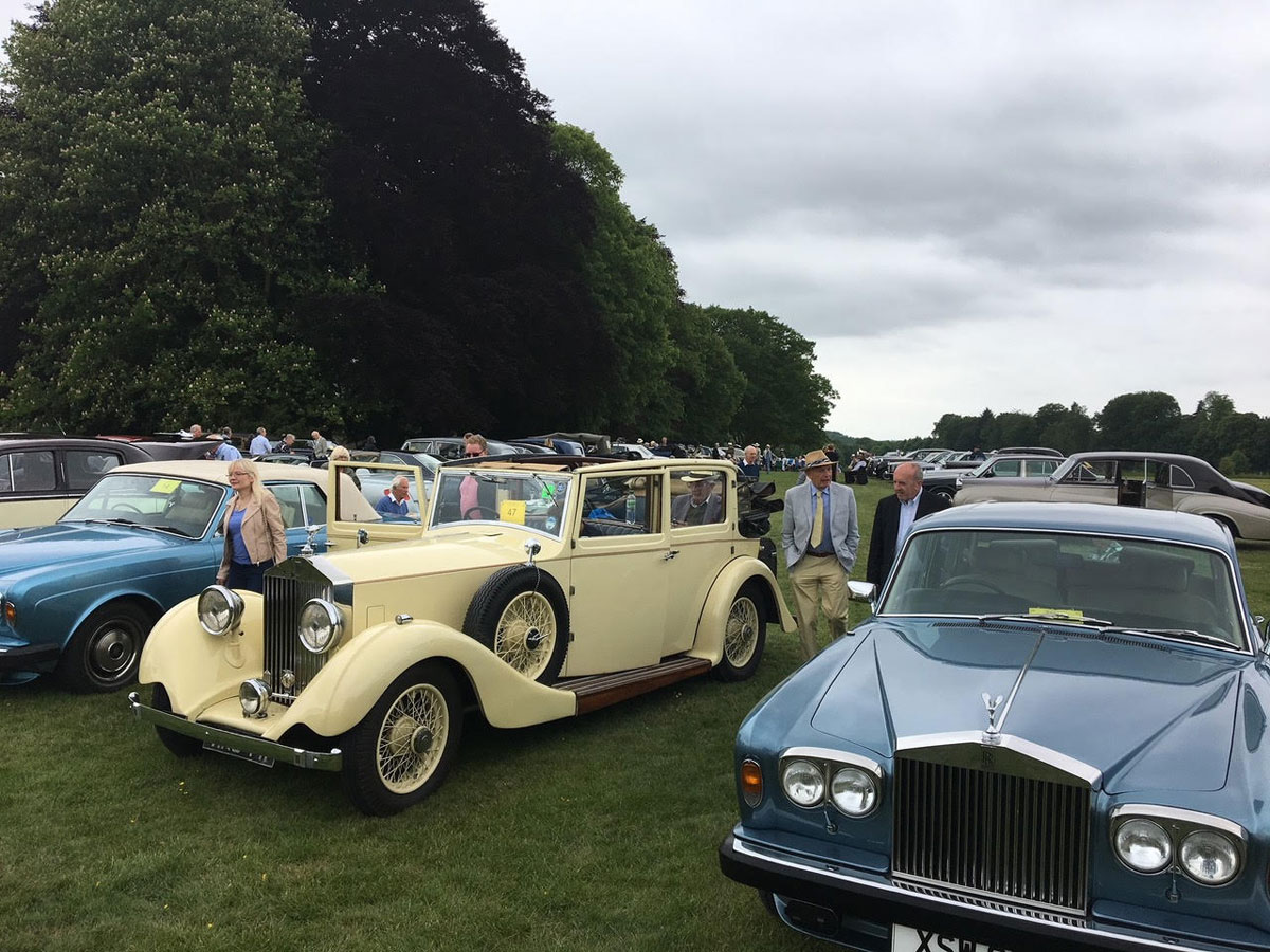 Jolyon Willans 1935 20/25 has coachwork by Salmons with the patented Tickford retractable roof operated by a handle. Once owned by his father in the 1950s, Jolyon tracked it down from a wedding firm and has been enjoying it ever since